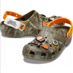New Luke Combs Crocs men's 13, 12, 10